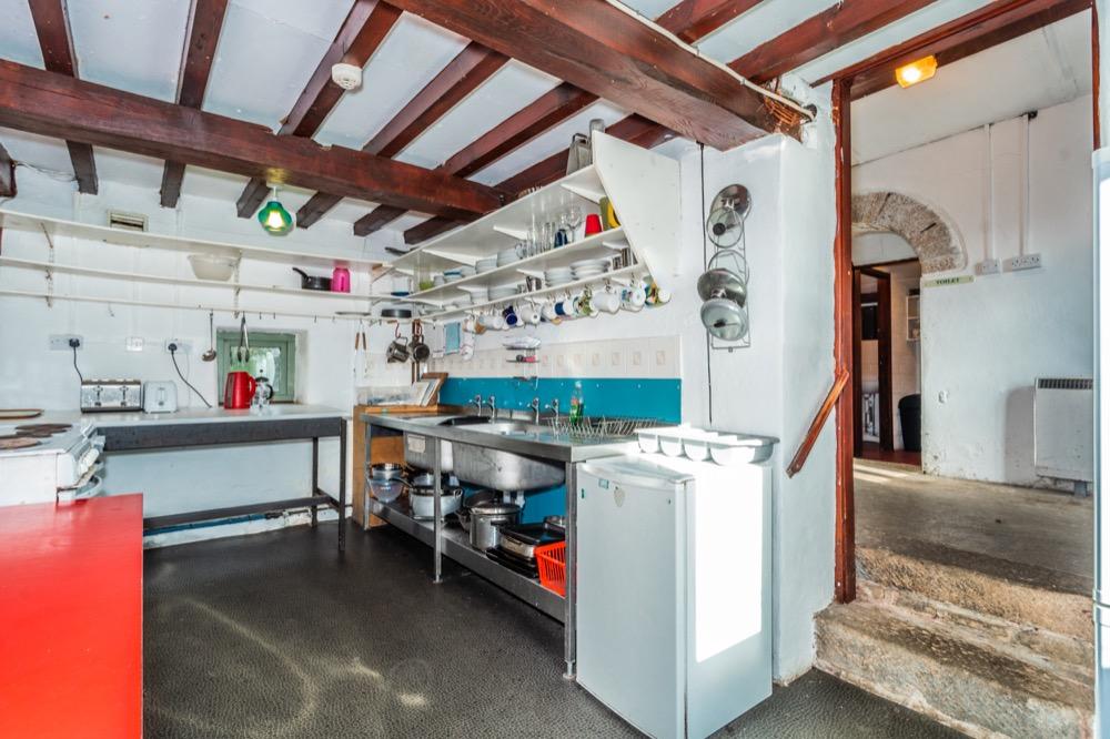 Old stables kitchen v2